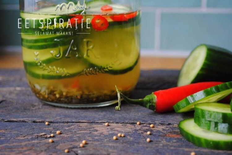 Snelle zoet zure komkommersalade